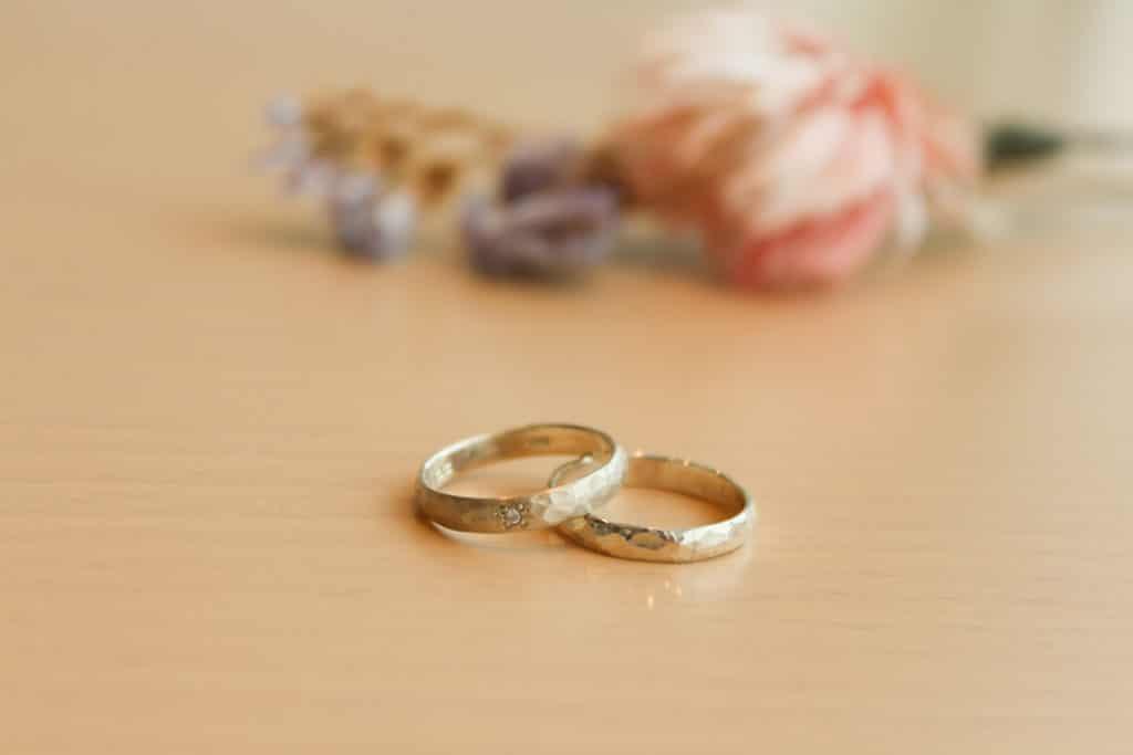 ダイヤモンド入りつちめ模様の指輪
