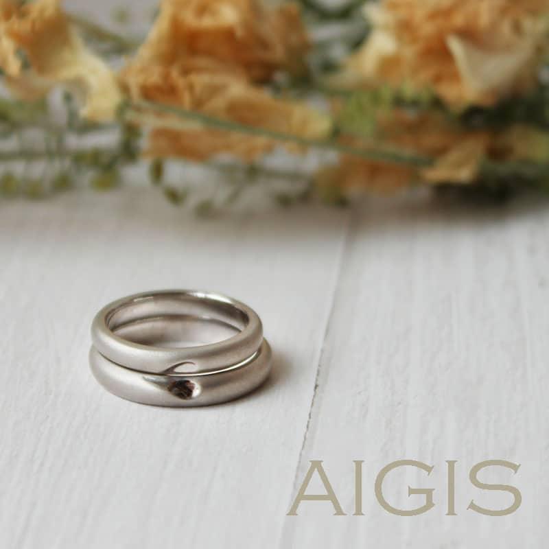 ハートモチーフの手作り結婚指輪